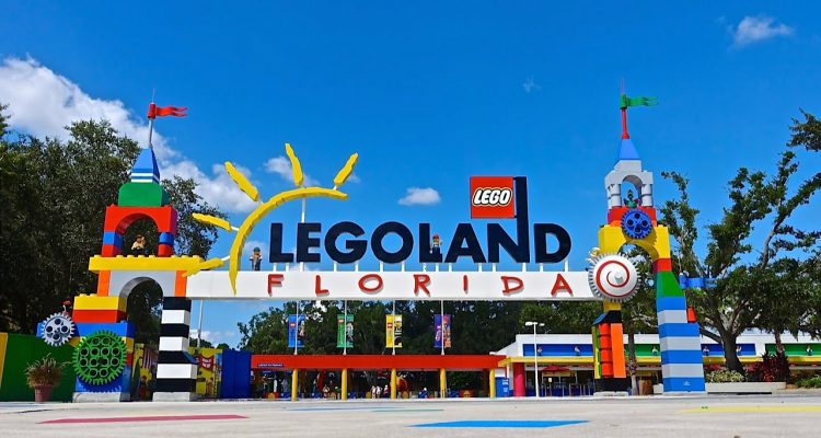 With 'Lego Movie World,' Legoland adds to loaded 2019 theme park ...