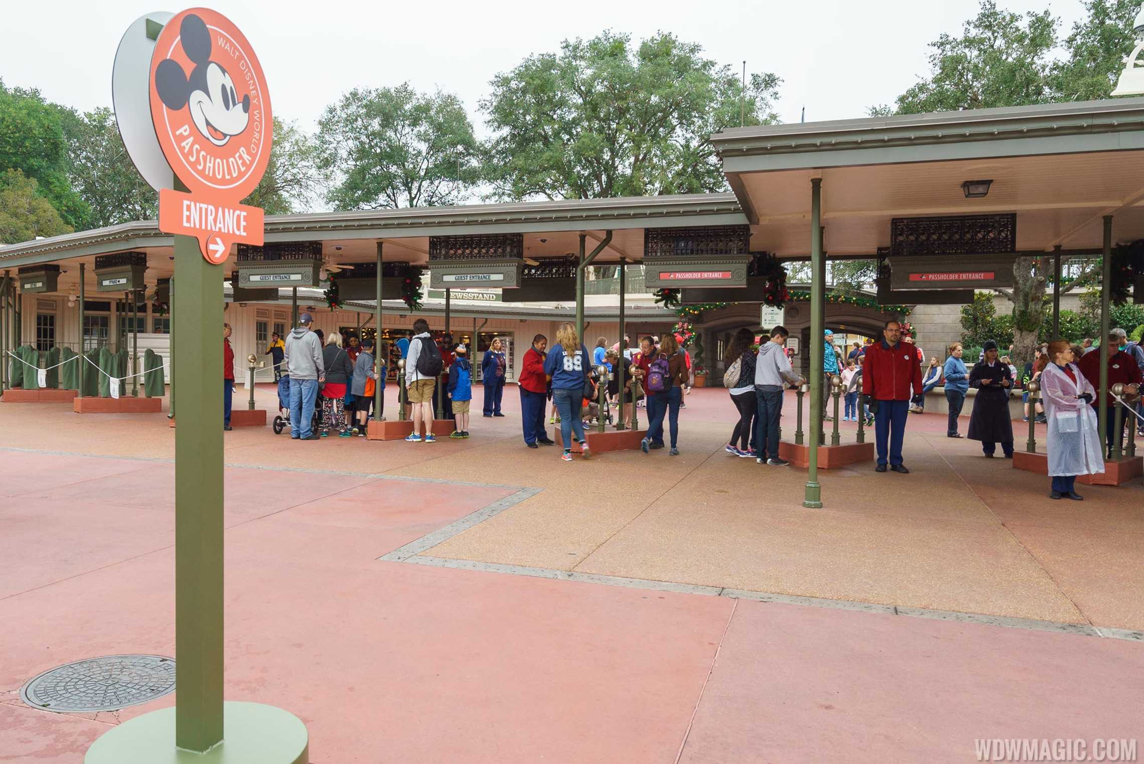 Florida residents have new annual pass option for Disney