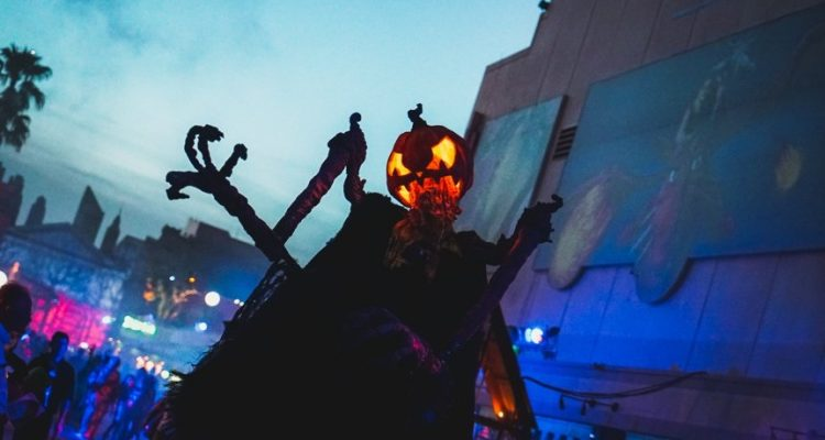 universal adds extra date for halloween horror nights